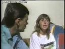 Glenda Kozlowski 1988 campeã mundial de bodyboard. Entrevistada por um jovial Tino Marcos