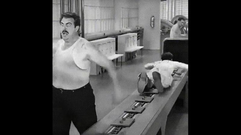 Когда кричат что отдали 3канавы а ты только проснулся в кабине