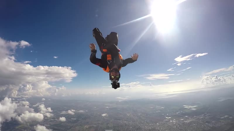 The best skydive jumps of December 2017