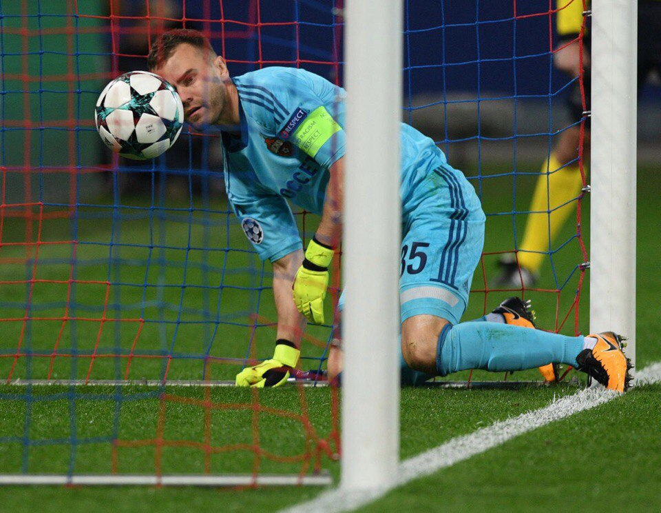 98. CSKA Moskva (RUS) - Manchester United (ENG) 1:4