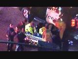 В Калифорнии мужчина открыл стрельбу по посетителям бара