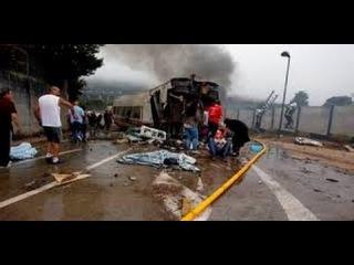 В Испании поезд сошел с рельс 24/07/2013 Мадрид - Галисия