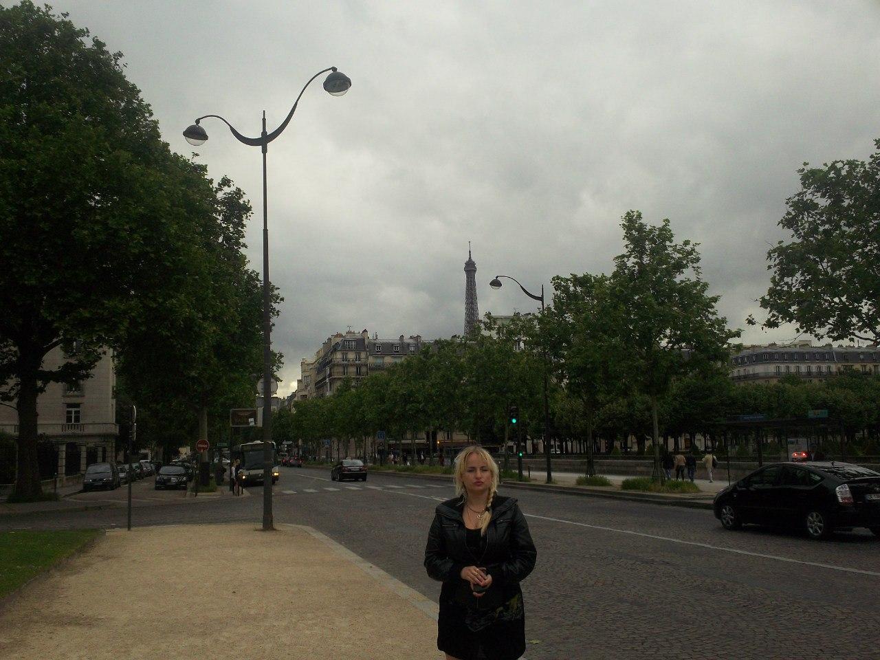 Елена Руденко. Франция. Париж. 2013 г. июнь. UmgRnsBq0pM