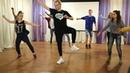 Клуб волонтеров репетирует танцы с детьми из школы-интерната