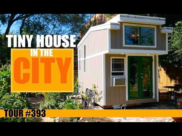 Urban Tiny House Dwelling in St Louis with hidden bathtub
