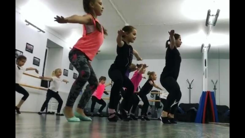 Студия современного танца Дежавю