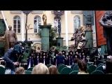 Детский хор поёт песню из к/ф Гарри Поттер