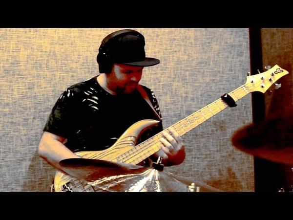 Drum'n'Bass Literally / Dmitry Maximov Alexander Karpukhin - Tiny Steps