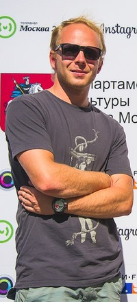 Стас Корбут