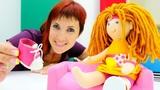 Маша Капуки и Лева готовят Кукольный домик для Бьянки.