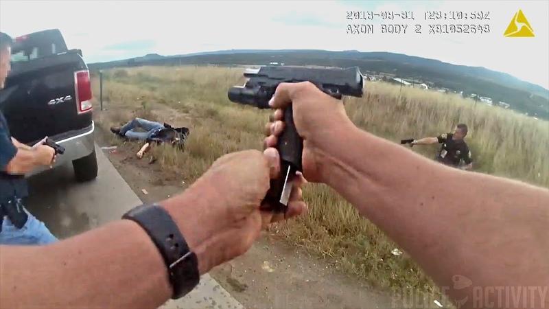 Мужчина был застрелен после того как наставил пистолет на помощников шерифа Колорадо