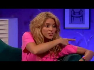 "Shakira en ""Allan Carr Chatty Man"""