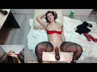 Perfect cleanshaven camgirl toyed by fuck machine - big ass butts booty tits boobs bbw pawg curvy mature milf stockings