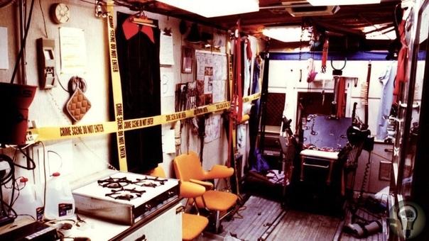 Дэвид Паркер Рэй «Убийца с коробкой игрушек» Страдания жертв должны были быть максимальными: Дэвид получал удовольствие именно от боли людей, процесс убийства ему был безразличен.Коробка с