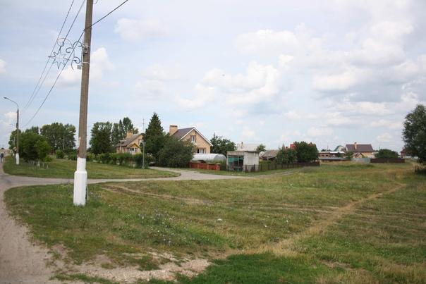 Какой-то отдельный островок деревни Чулки-Сколово
