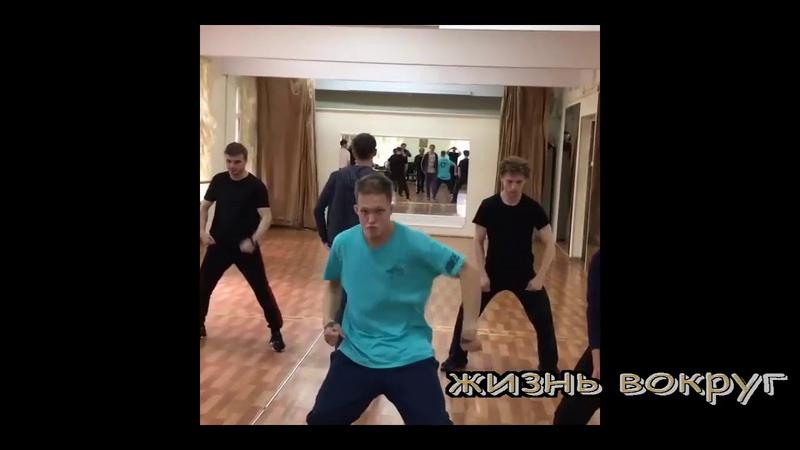 Алексей Панин репетиция спектакля