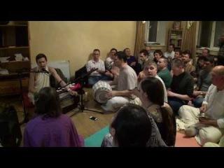 Akhaṇḍā Nām в храме на Калиновке, Екатеринбург, 11.01.2014, киртан-1