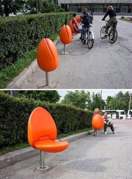 Складывающиеся стулья-тюльпаны