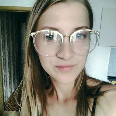 Анна Сафронович