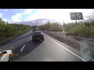 Самоубийца на дороге   Апатиты