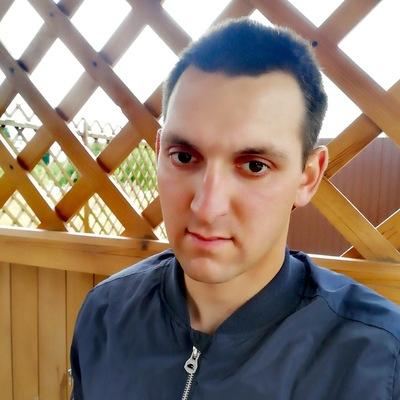 Максим Окунев