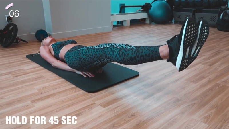 15_Minute_AB_Workout_-_Fitness_Series_With_Romee_Strijd_(MosCatalogue.net).mp4