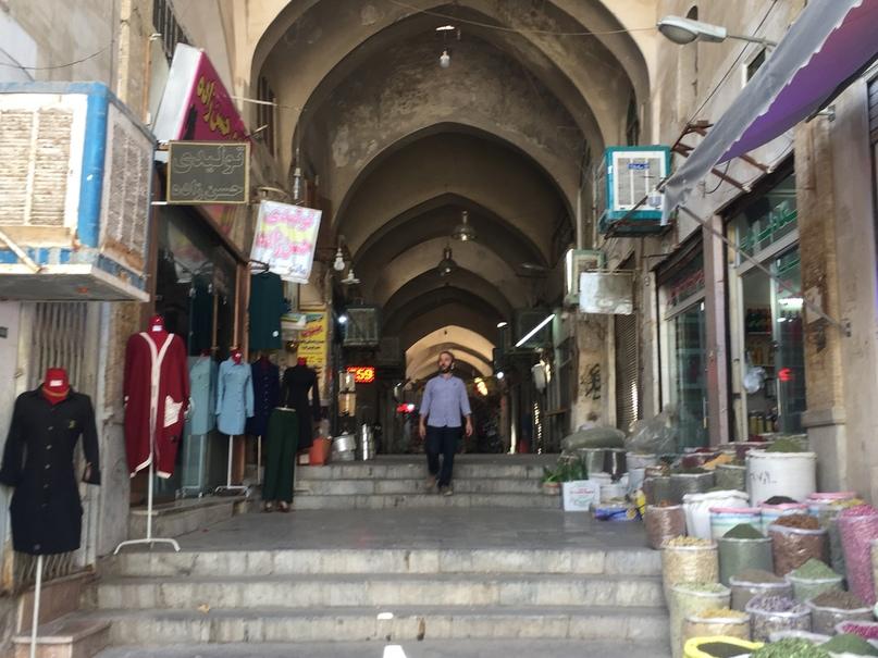 Базар. Путешествие в Иран