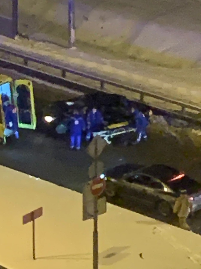 В 1:00 на пересечении Афонской и Вербной улиц произошло столкновение двух автомобилей: Opel под упр...