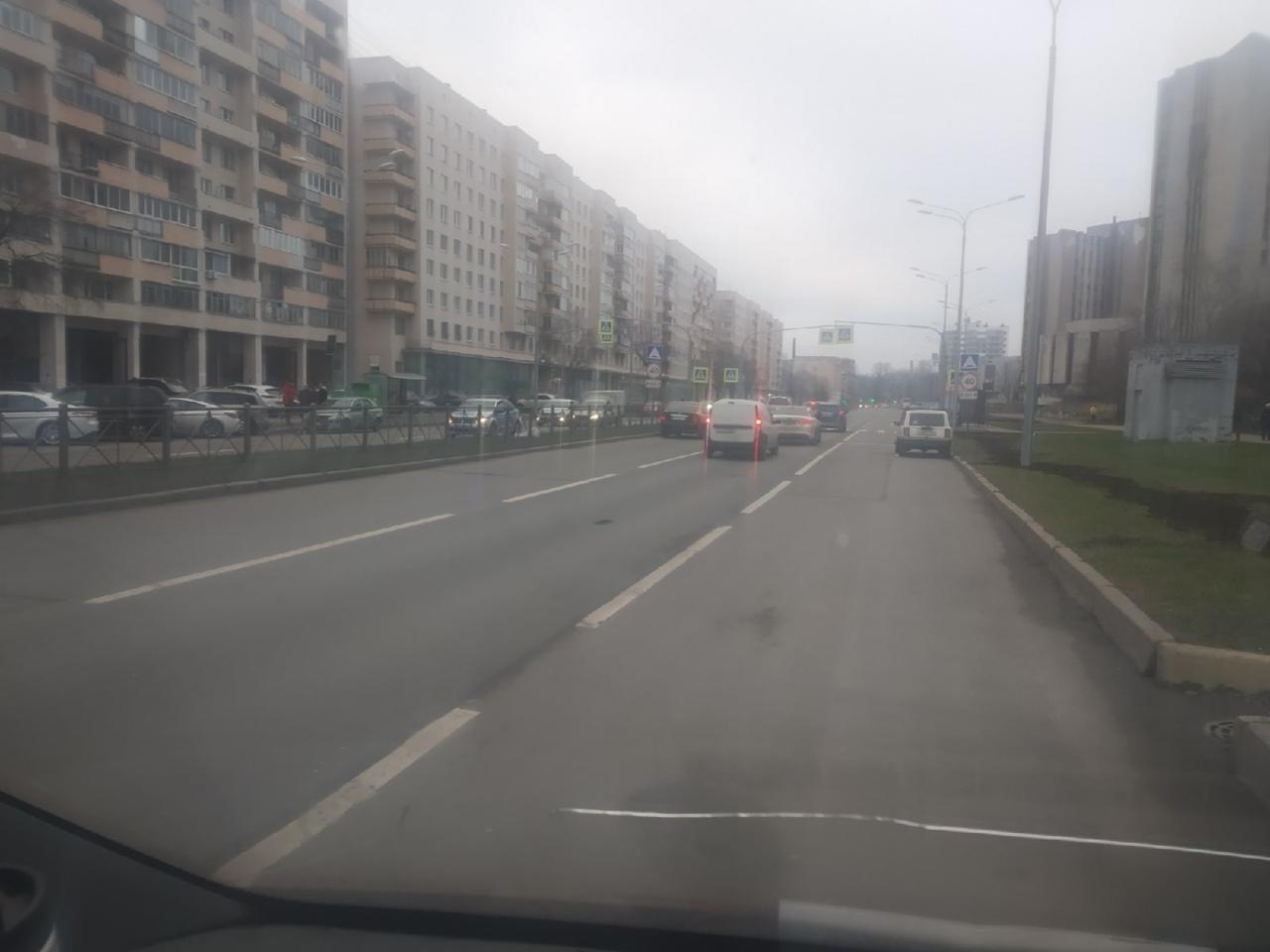 Сбили человека на нерегулируемом пешеходном переходе на Одоевского 4