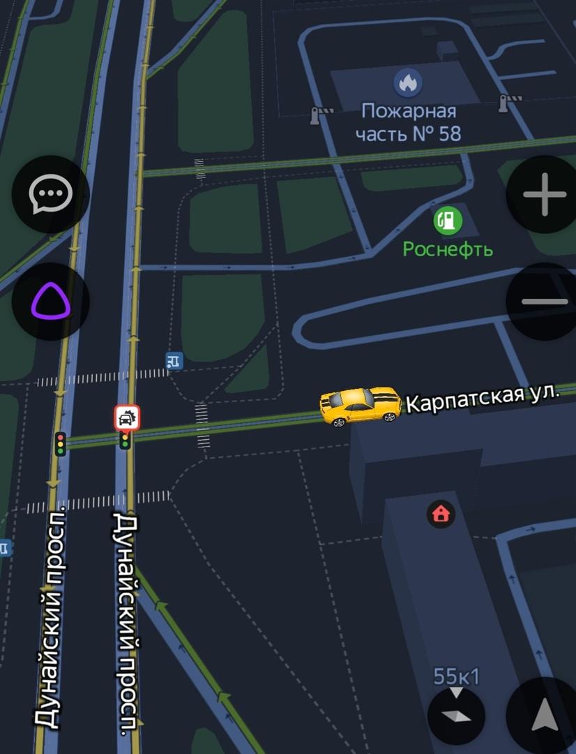 После ДТП на перекрёстке Дунайского проспекта и Карпатской улицы пассажира красного болида увезли н...