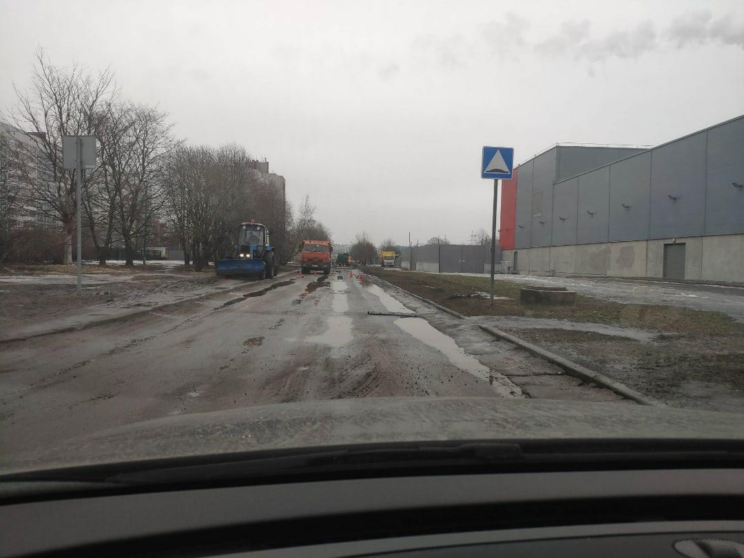 Случилось невероятное, Ситцевую улицу от Стародеревенской до Планерной, закрыли для ремонта.