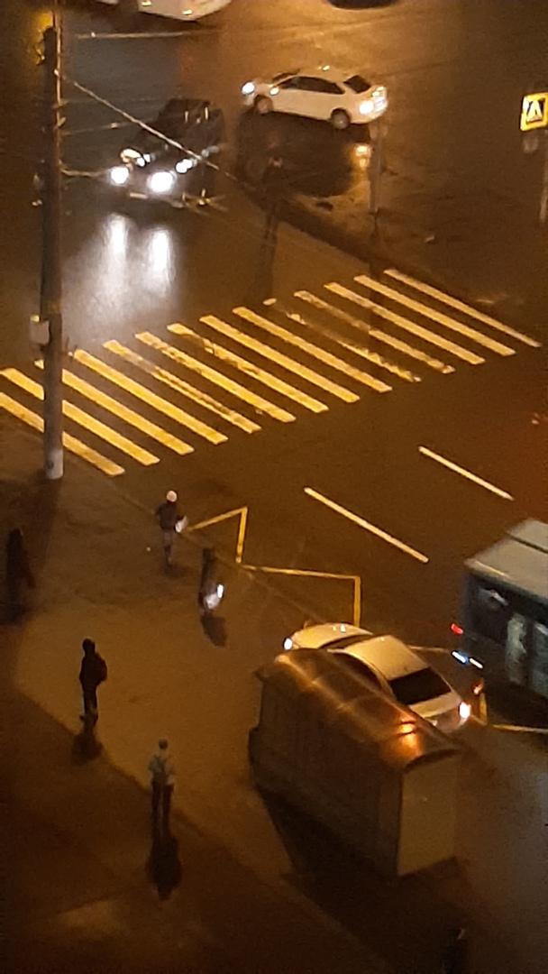 Только что произошло дтп на перекрёстке Луначарского и Художников, обстоятельства неизвестны