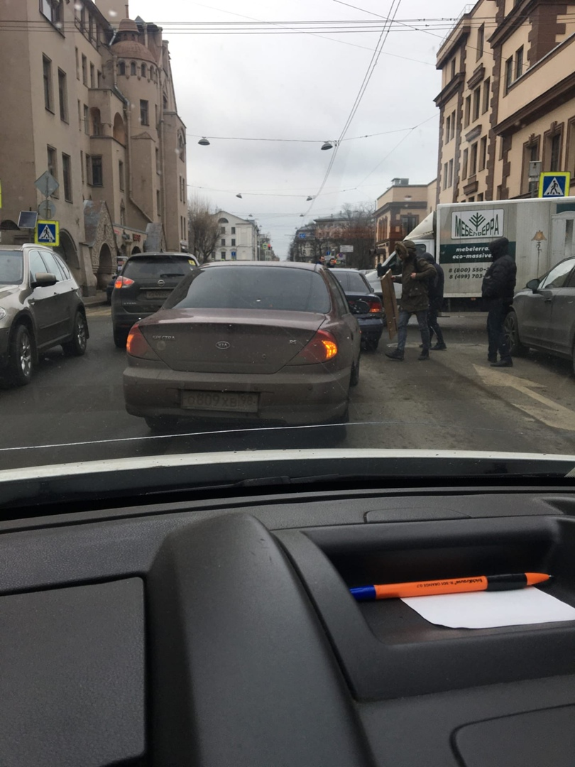 ДТП на Чкаловском проспекте