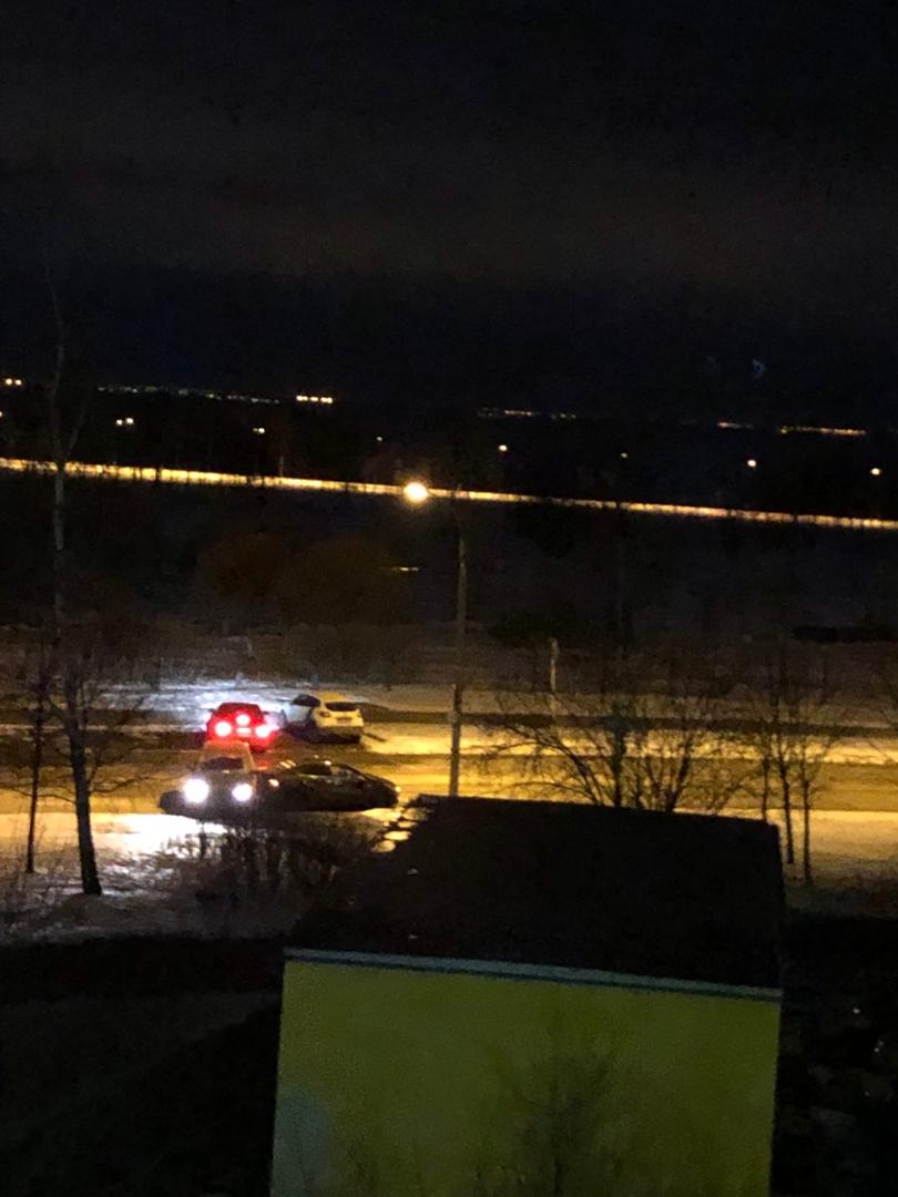 Авария на ровном месте на Приморском проспекте у дома 157...