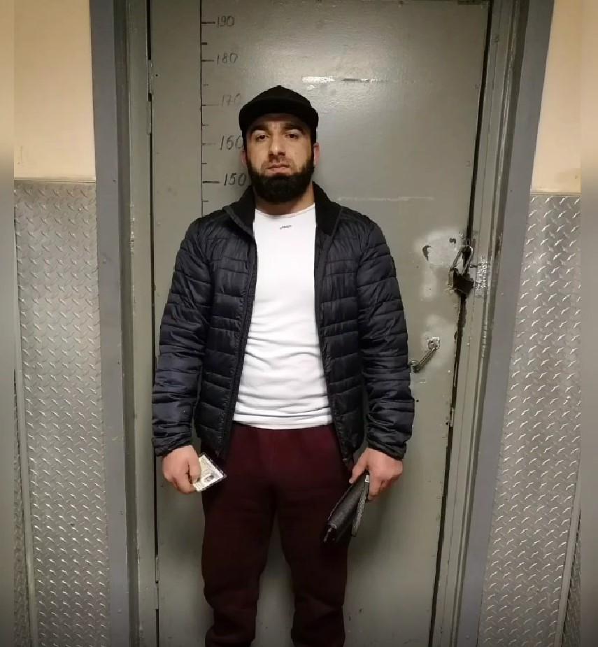 ГУ МВД показало лица и пистолеты [https://vk.com/wall-68471405_14289773|похитителей мужчины из ресто...
