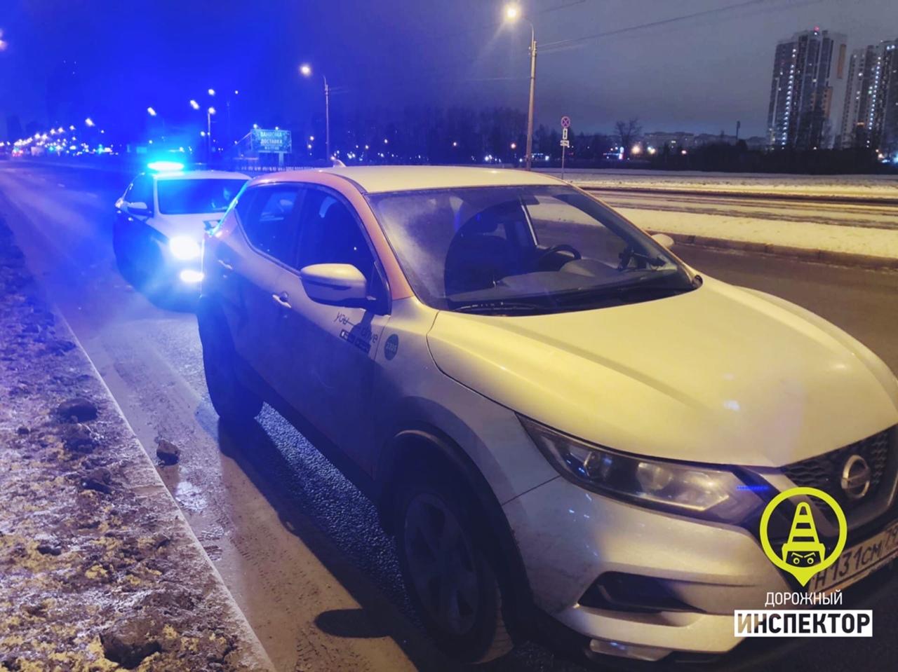 Сегодня ночью ДПС оставили очередного нетрезвого водителя каршеринга. 6 января, около 1:00 на Буха...