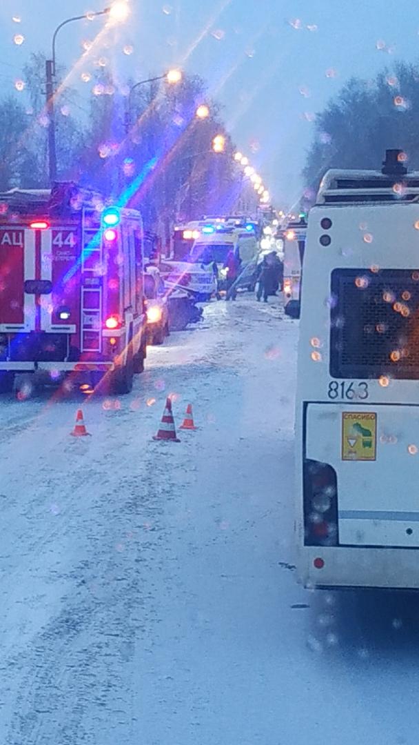 Авария на Петрозаводском шоссе Есть пострадавшие