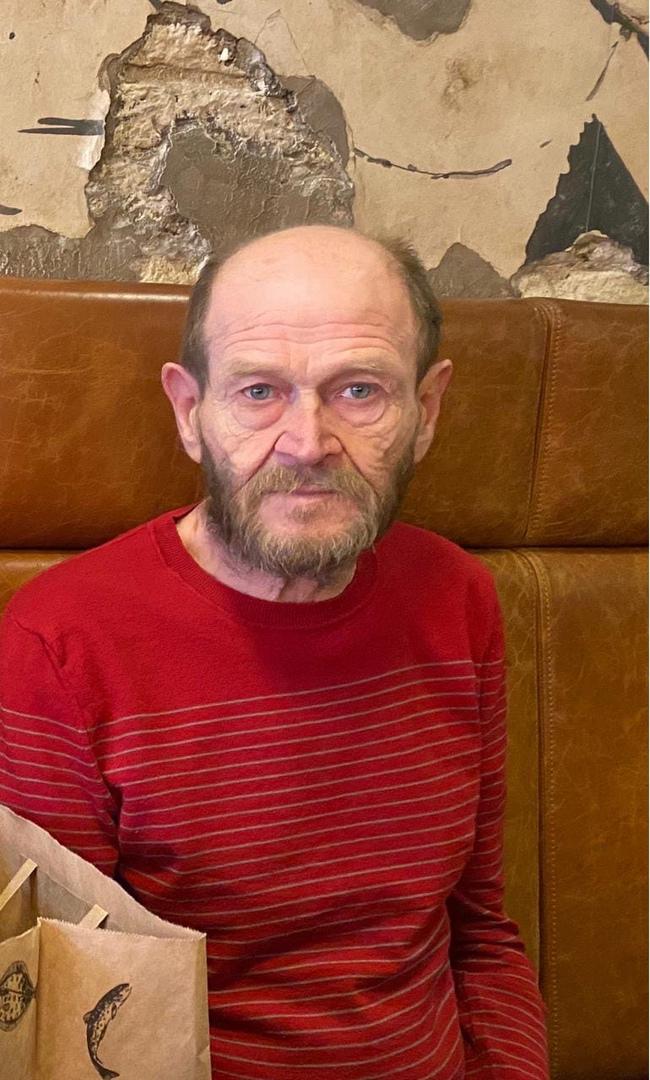 28 апреля днём в центральном районе около Мариинской больницы пропал мой папа. Описание: Мужчина 69...