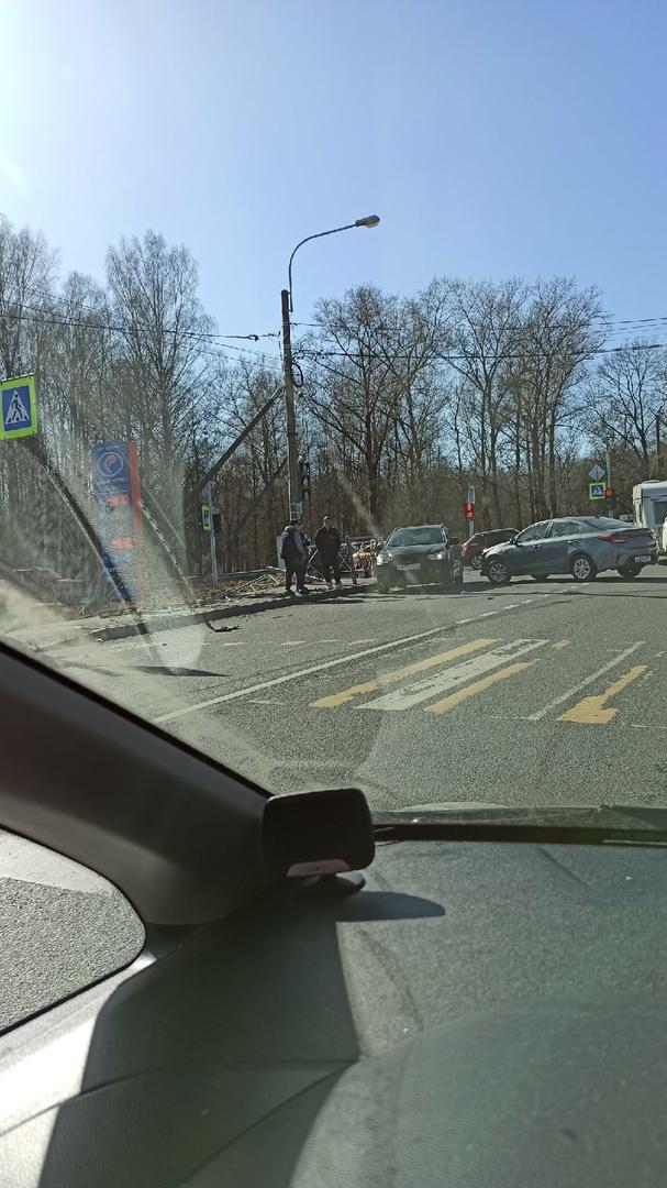 На ул. Первого Мая Kia поворачивая налево не пропустила машинку.