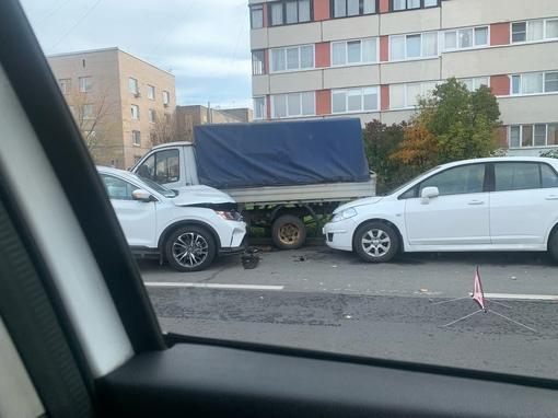 Не доброе утро на ул. Генерала Симоняка 8к1.