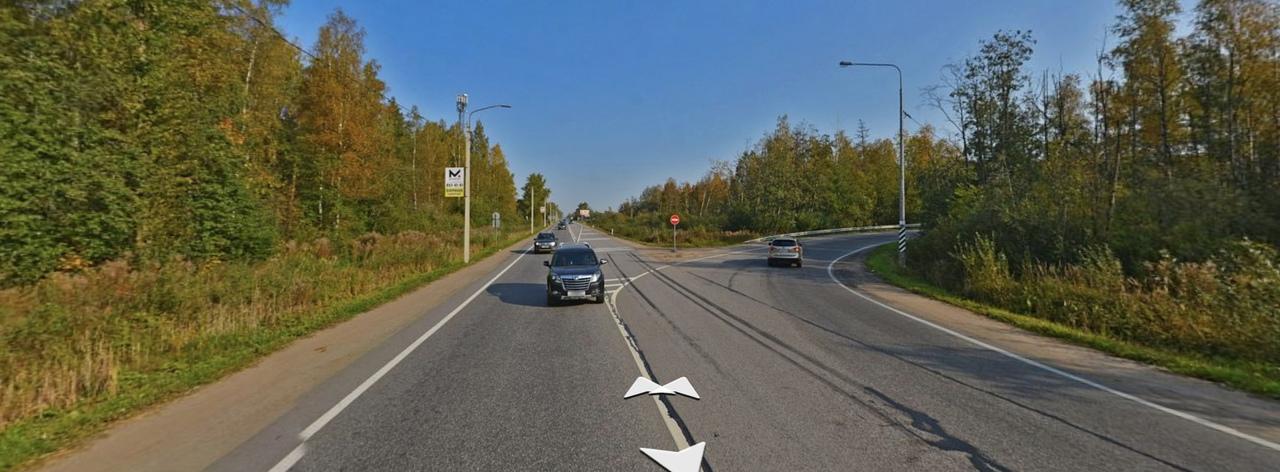 Сегодня вечером произошла авария на Ленинградском шоссе на выезде из Гатчины в сторону Санкт-Петербу...