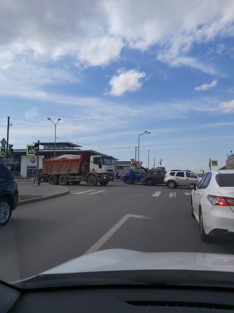 ДТП из двух единиц на перекрёстке Шереметьевской и Стартовой