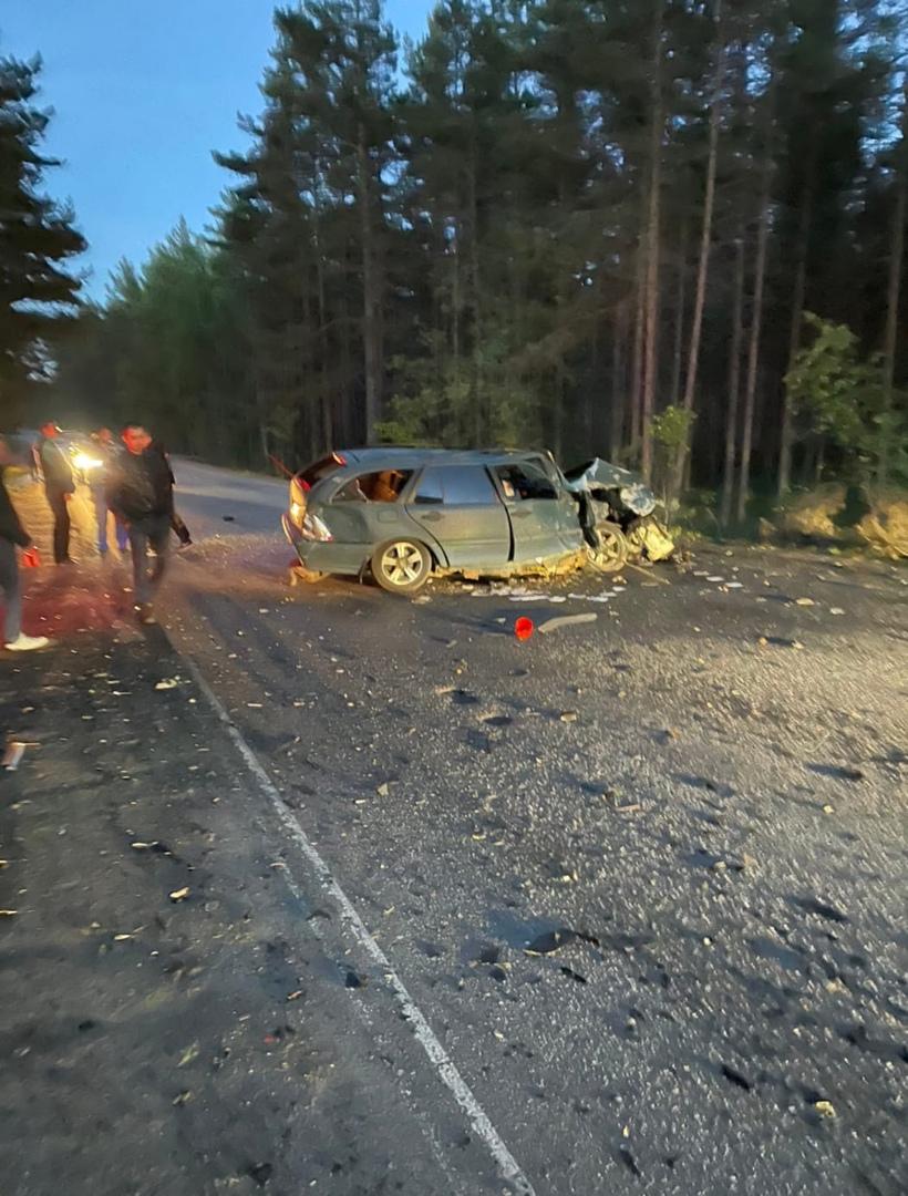 Столкнулись на Приморском шоссе недалеко от озера Высокинское примерно в 23:20. По словам водителя Н...