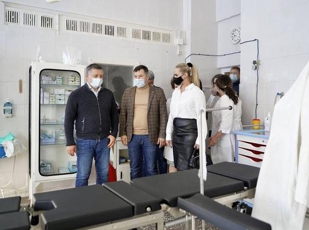 Губернатор Иркутской области Игорь Кобзев посетил Усть-Илимскую больницу