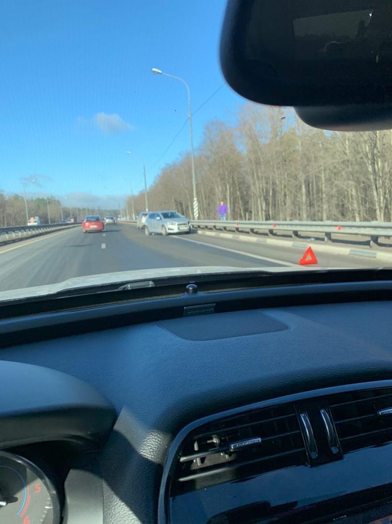 ДТП на Мурманском шоссе в сторону города перед заправкой Роснефть