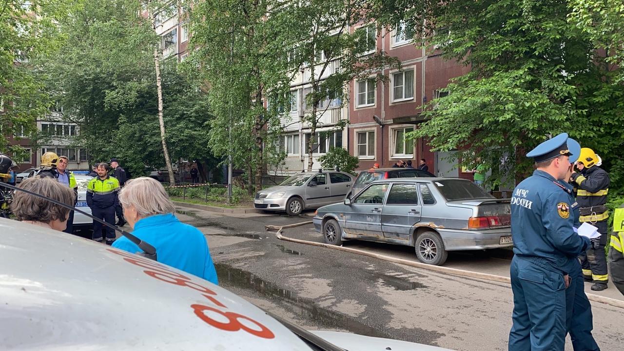 В Красногвардейском районе примерно в 6:30 утра произошёл взрыв газа в квартире. По адресу энтузиас...