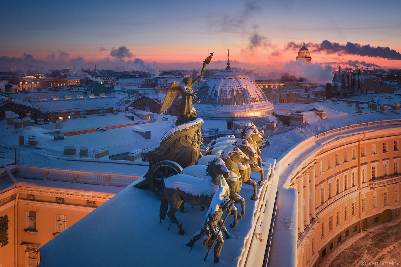 Дорогие подписчики! Сегодня наш город отмечает день рождения. Санкт-Петербургу исполнилось 318 лет...