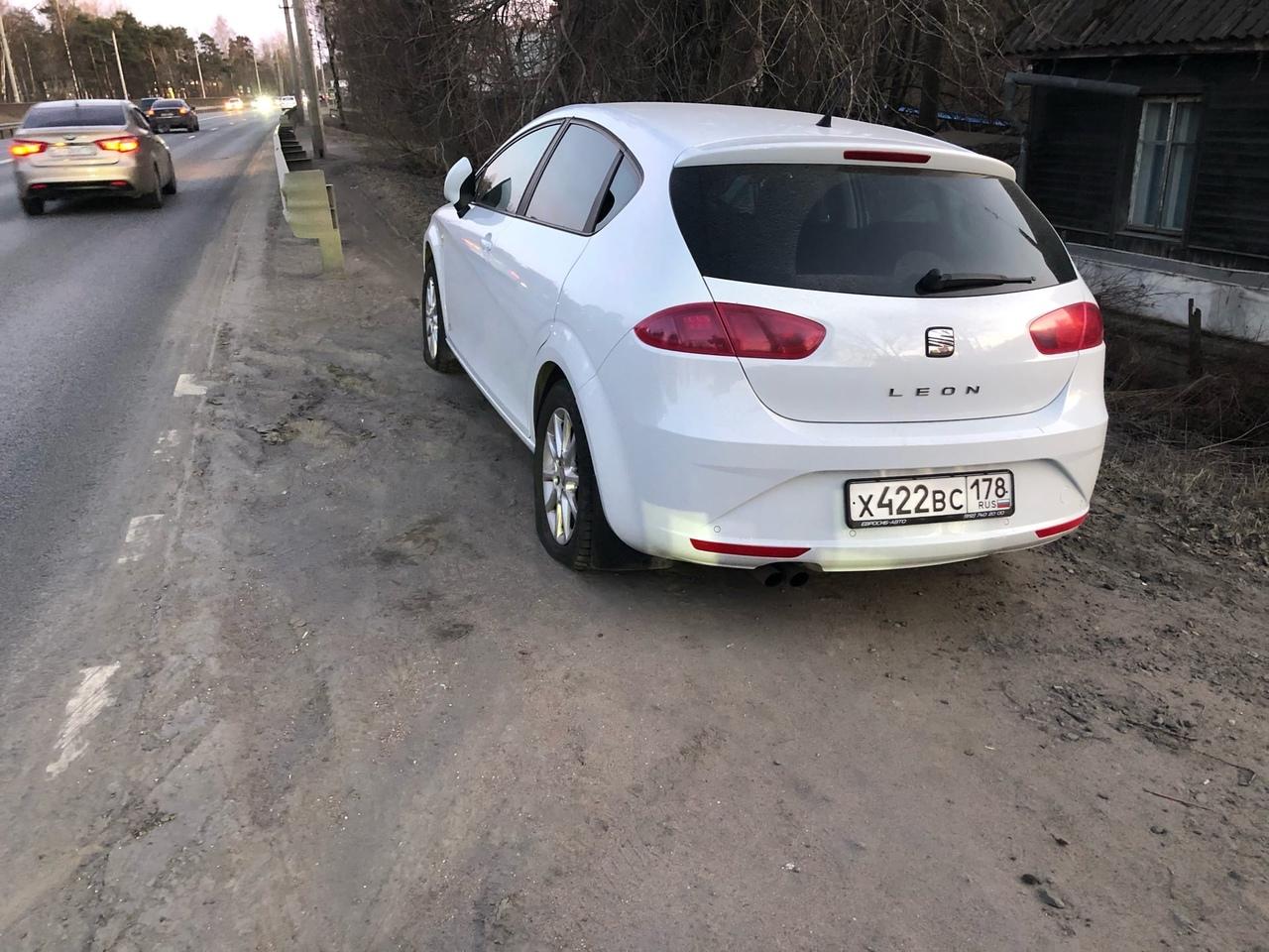 15 апреля в период с 19:30 до 20:30 кто проезжал по Приморскому шоссе в районе пл. Александровская, ...