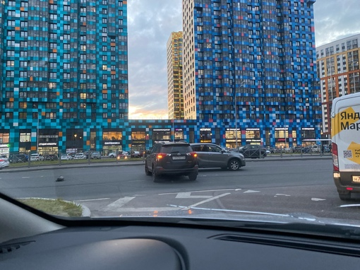 ДТП напротив дома 61 по Комендантскому проспекту
