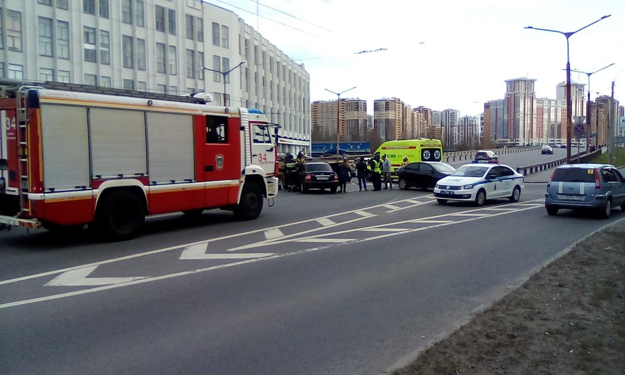 ДТП перед Кушелевским мостом.